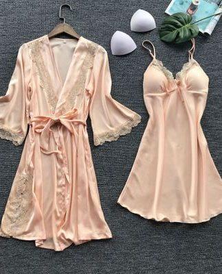 Set halat si rochita de noapte roz, marimi S/M, cod produs: 70